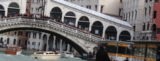 Imbarcadero ACTV Rialto is one of Italis.