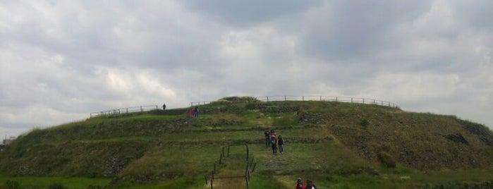 Zona Arqueológica de Cuicuilco is one of Galerías y Museos @ DF.