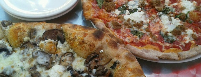 Napa Wood Fired Pizzeria is one of favorite Rochester restaurants.