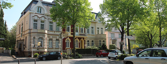 AKZENT Hotel Am Hohenzollernplatz is one of AKZENT Hotels e.V..