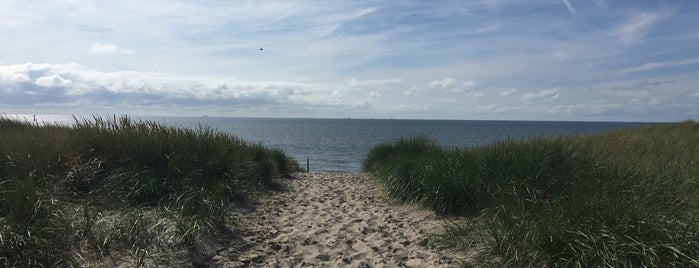 Het Strand is one of All-time favorites in Netherlands.