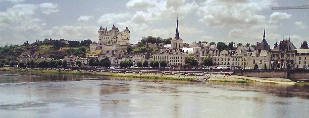 Saumur is one of Saumur.