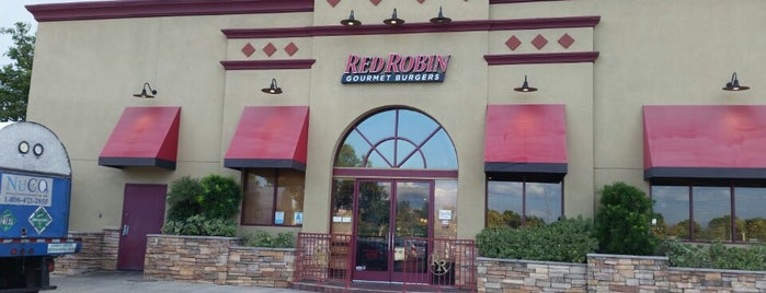 Red Robin Gourmet Burgers is one of Restaurants.