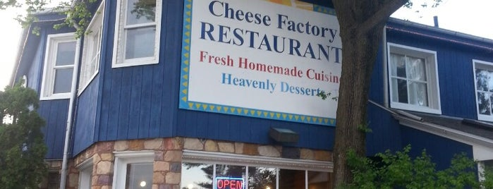 The Cheeze Factory Restaurant is one of Road trip.