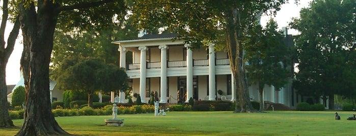 Loretta Lynn's Ranch is one of Paranormal Traveler.
