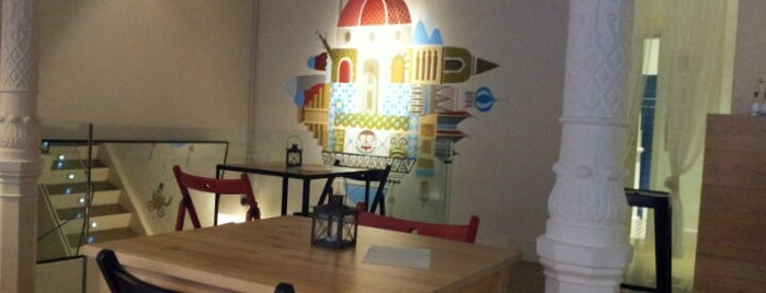 La Ciudad Invisible | Café-librería de viajes is one of AFTERNOON.