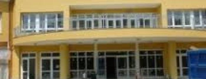 Villa Ranuzzi is one of Consorzio Ospedaliero Colibrì.