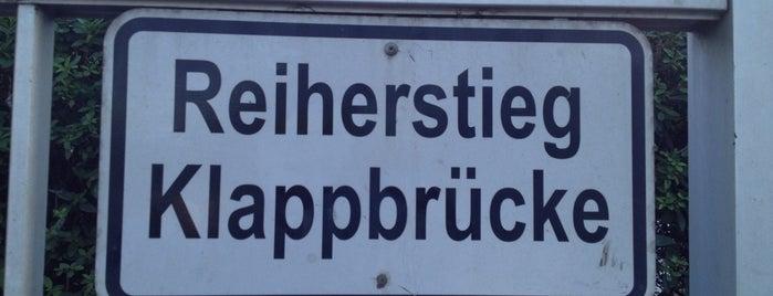 Reiherstieg-Klappbrücke is one of Gebt uns mehr Open Air.