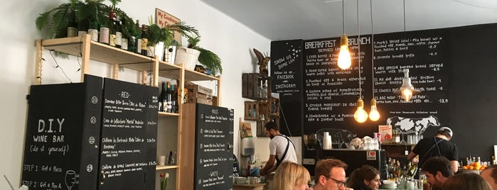 Allan's Breakfast Club & Wine Bar is one of Berlin.