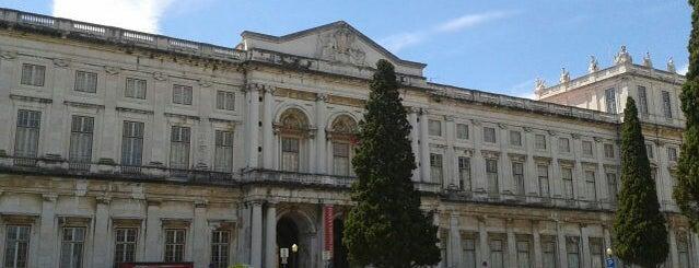 Palácio Nacional da Ajuda is one of Lissabon.