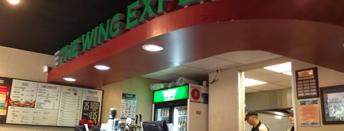 Wingstop is one of Lugares Lindavista.