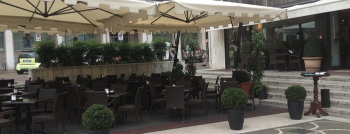 Bar Borsa is one of Aperitivo a Treviso.