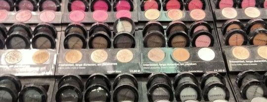 Sephora is one of BCN Shopping.