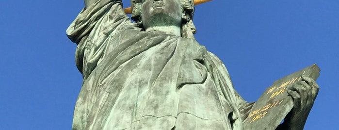 Statue de la Liberté is one of France.