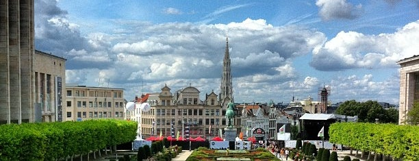 Mont des Arts is one of Home Sweet.