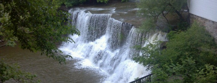 Village of Chagrin Falls is one of Cleveland Trip.