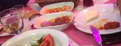Kalamar Restaurant is one of 🤗.