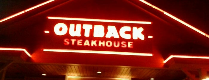Outback Steakhouse is one of Restaurantes.