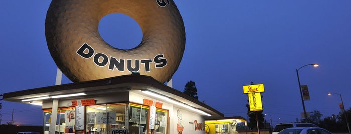 Randy's Donuts is one of LA's Most Delectable Doughnut Shops.