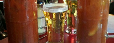 Paulie's Pub & Eatery is one of Guide to West Allis.