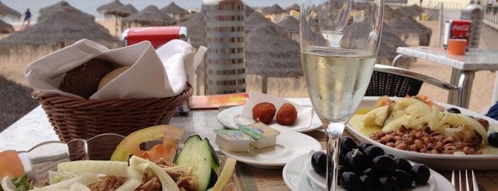 Restaurante Praia do Tamariz is one of Aqui Há Frescas — Centro/Sul.
