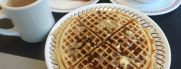 Waffle House is one of Food Worth Stopping For.