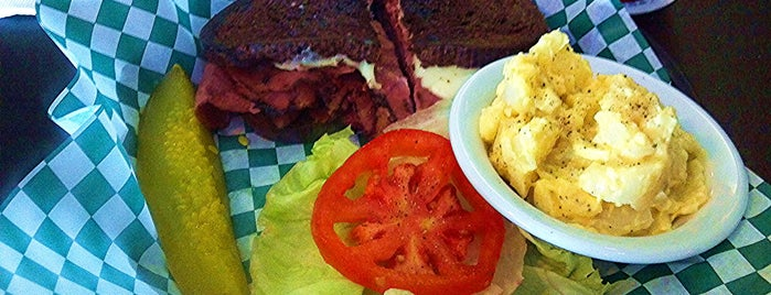 Pappy's Grill & Pub is one of Food Worth Stopping For.