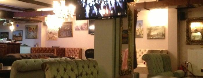 Lucas Cafe is one of Gezmece ve Yemece.