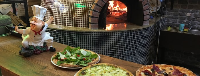 Etna Pizzeria is one of Ankara yemek.