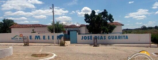 Escola José Dias Guarita is one of meus locais.
