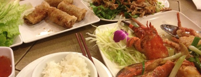 Sinh Sinh is one of HOU Asian Restaurants.