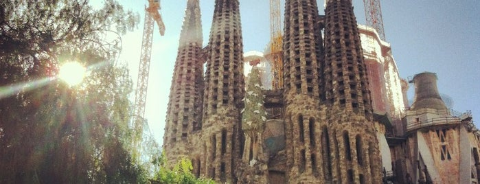 Sagrada Família is one of Places I have been to.