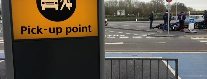 Pick Up Car Park Stansted is one of HAVALİMANLARI.