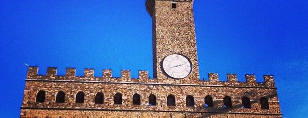 Piazza della Signoria is one of Free WiFi - Italy.