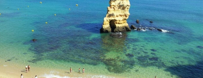 Praia Dona Ana is one of Guía del Algarve.