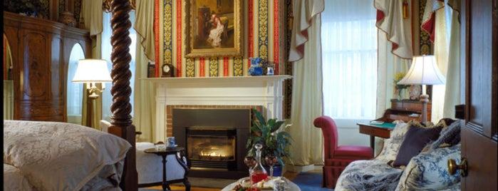 Captain Lord Mansion is one of Best Places to Check out in United States Pt 2.