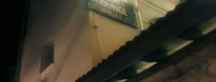 Buzuki Lounge is one of İzmir'de gidilecek yerler.