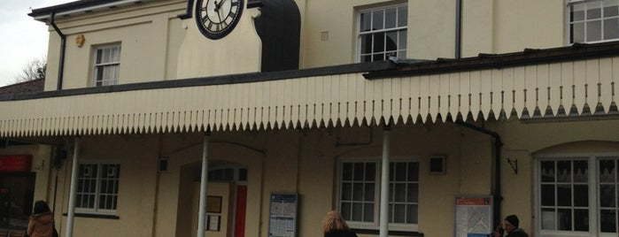 Winchester Railway Station (WIN) is one of Railway stations I've been to.