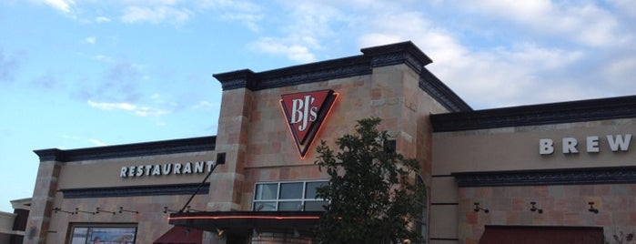 BJ's Restaurant and Brewhouse is one of Keith's Favorite Places.