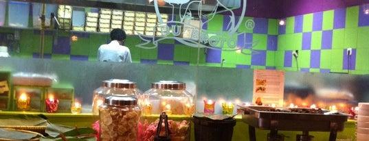 Kedai Bu Broto is one of Restaurant/Foodcourt.