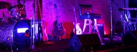 Salón Púrpura is one of Show Places @ GDL.