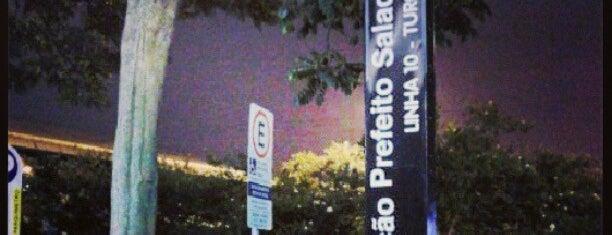 Estação Prefeito Saladino (CPTM) is one of São Paulo ABC, Bares/Cafés, Restaurantes Shoppings.