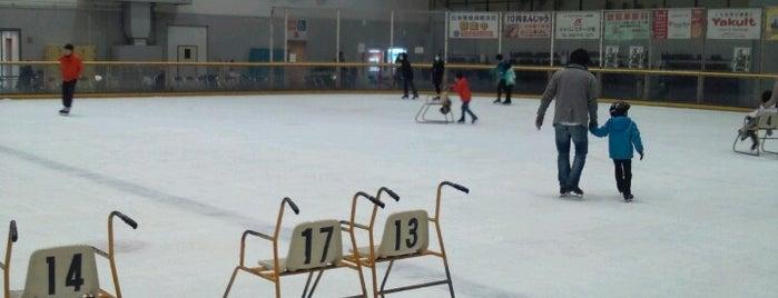 北九州アイススケートセンター is one of スケートリンク.