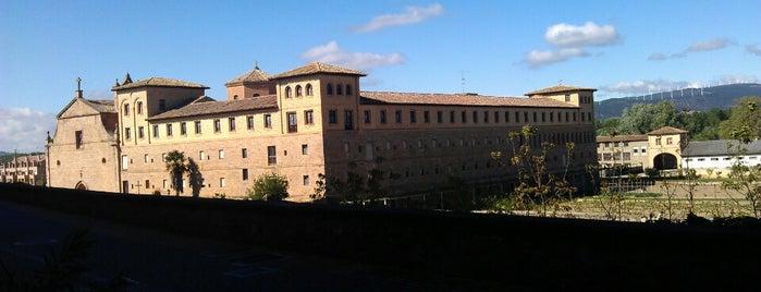 Parador de Olite is one of Hoteles en que he estado.