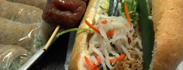 Banh Mi & Che Cali is one of LA Food to try.