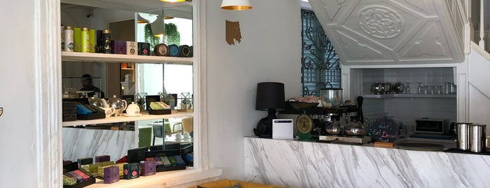 Living Room is one of Cafe spot.