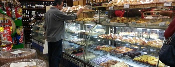 Padaria Vera Cruz is one of Café / Padaria.