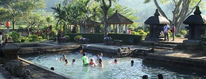 Pemandian Air Panas Candi Umbul is one of Wisata Jateng DIY.