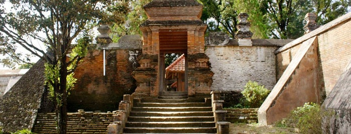 Kotagede is one of YOGYAKARTA.