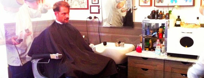 Bullfrog Modern Electric Barber is one of Milano.